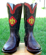 Choc Bullhide with Red and Yellow thunderbird inlayed.  Small box toe and cowboy heel.
